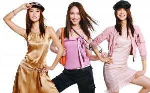 Desktop Wallpaper: Asian Friends