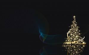 Lighted Christmas Tree - скачать обои на рабочий стол