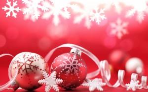 Desktop Wallpaper: Red Christmas Orname...