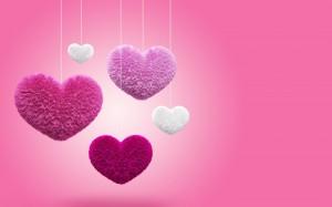Desktop Wallpaper: Purple Heart Figurin...