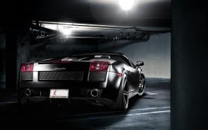 Desktop Wallpaper: Black Lamborghini Ga...