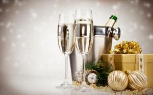Desktop Wallpaper: Champagne Glasses
