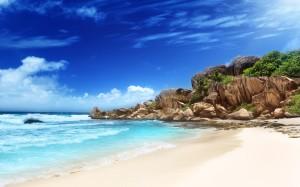 Desktop Wallpaper: Blue Sea