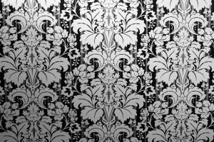 Desktop Wallpaper: Black And White Flor...