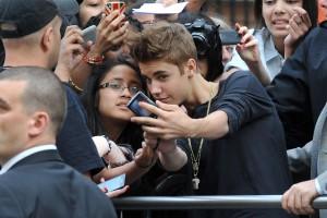 Desktop Wallpaper: Justin Bieber Photo