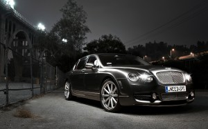 Desktop Wallpaper: Black Luxury Sedan I...