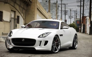 Desktop Wallpaper: White Jaguar Coupe