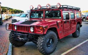 Desktop Wallpaper: Red Hummer H1 In Par...