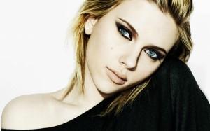 Desktop Wallpaper: Scarlett Johansson I...