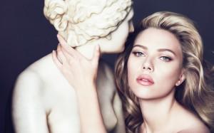 Desktop Wallpaper: Scarlett Johansson B...