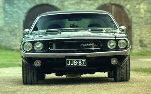Desktop Wallpaper: Black Classic Dodge ...