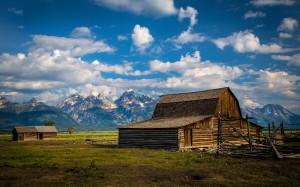 Desktop Wallpaper: Brown Wooden Barn On...