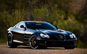 Desktop Wallpaper: Black Mercedes Benz ...