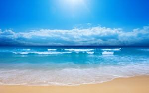 Desktop Wallpaper: Blue Sea Waves