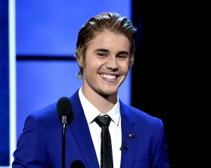 Desktop Wallpaper: Justin Bieber