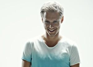 Desktop Wallpaper: Smiling Man In White...