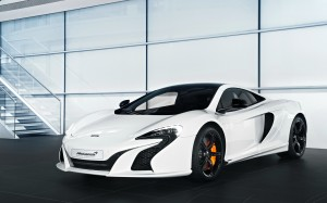 Desktop Wallpaper: White McLaren P1