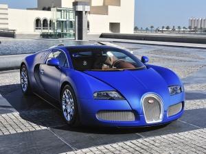 Desktop Wallpaper: Blue Coupe