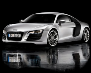 Desktop Wallpaper: Silver Audi Sports C...