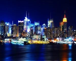 Desktop Wallpaper: Lighted City Buildin...