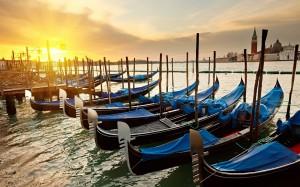 Desktop Wallpaper: Kayak On Dock In Oce...