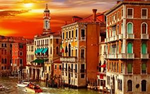 Desktop Wallpaper: Sunset Over City Of ...