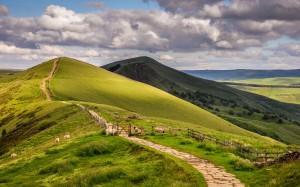 Desktop Wallpaper: Green Hills Under Th...