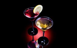 Desktop Wallpaper: 2 Martini Glasses Wi...