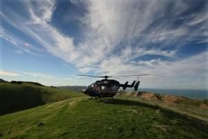 Desktop Wallpaper: Helicopter On Hill