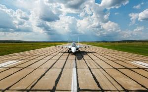 Desktop Wallpaper: White Jet Ready To T...