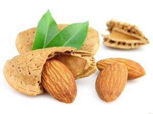 Desktop Wallpaper: Pistachio Nut