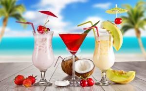 Desktop Wallpaper: Beverage In Clear Fo...