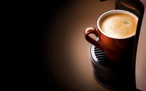 Desktop Wallpaper: Coffee In Brown Cera...