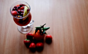Desktop Wallpaper: Red Strawberry Fruit