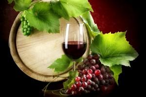Desktop Wallpaper: Red Wine Beside Red ...