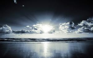 Desktop Wallpaper: Sun Shining In Sky O...