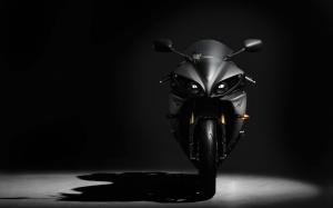 Desktop Wallpaper: Black Motorcycle