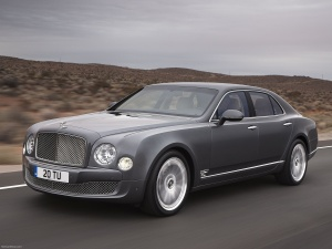 Desktop Wallpaper: Grey Bentley Contine...