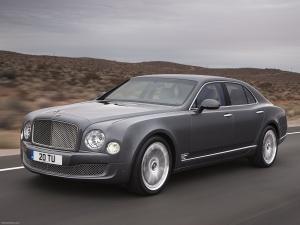 Grey Bentley Continental On Grey Asphalt Road - скачать обои на рабочий стол