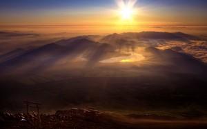 Desktop Wallpaper: Mountain Ranges Duri...