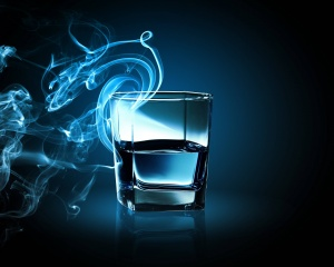 Desktop Wallpaper: Clear Drinking Glass...