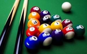 Desktop Wallpaper: Billiard Ball And Cu...