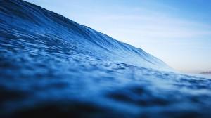 Desktop Wallpaper: Blue body of water