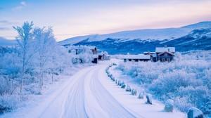 Desktop Wallpaper: White snow road
