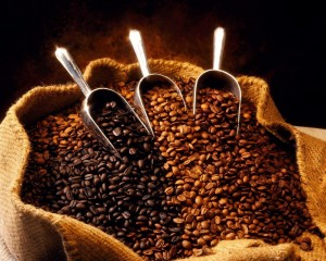Desktop Wallpaper: Coffee Beans in a Ba...