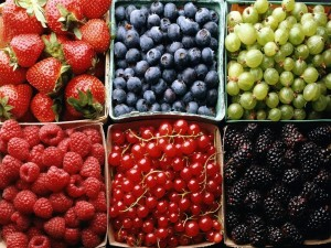 Desktop Wallpaper: Various Berries