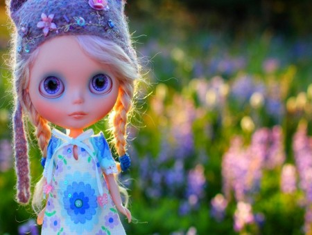 Elsa Frozen Doll In A Purple Hat