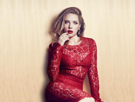 Scarlett Johansson Red Floral Lace Crew Neck Long Sleeved Bodycon Dress Sitting And Leaning On Beige Wall