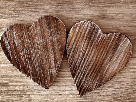 2 Brown Wooden Hearts Ornament