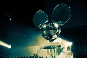 Desktop Wallpaper: Mickey Mouse Head Dr...